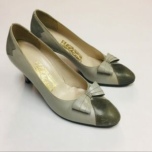 Ferragamo | Vintage Grey Leather Heels With Bow